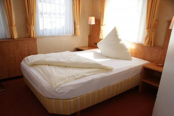 Hotel Altes Rathaus Ostfildern-Messe