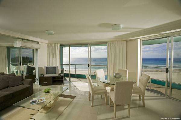 Hotel Coolangatta Ocean Plaza Resort