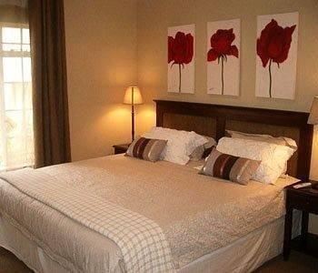 Hotel Accommodation @ Van's