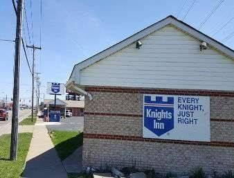 Knights Inn Niagara Falls Near IAG Airport