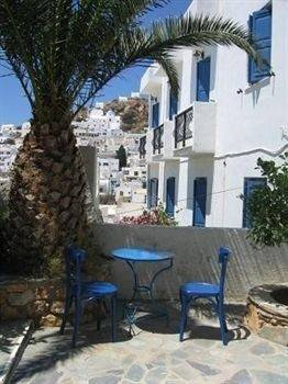 Aphrodite Hotel & Apartments