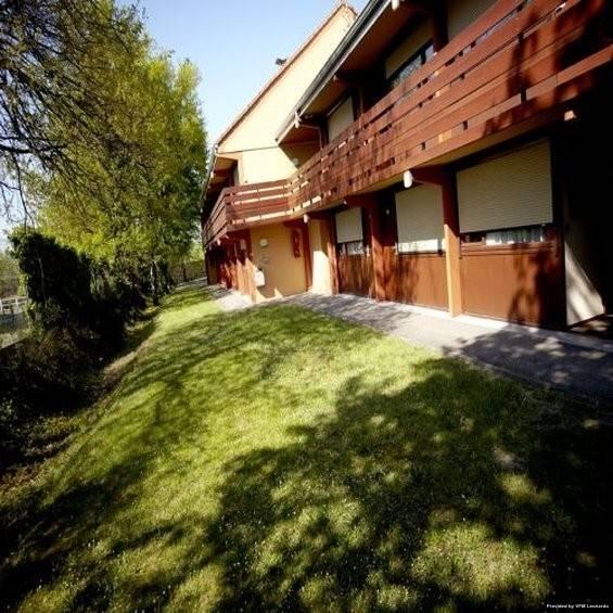 Hotel KYRIAD Fontenay Tresigny