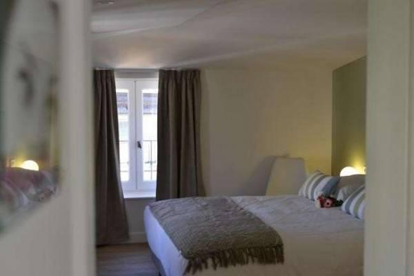 Hotel 5 CHAMBRES EN VILLE