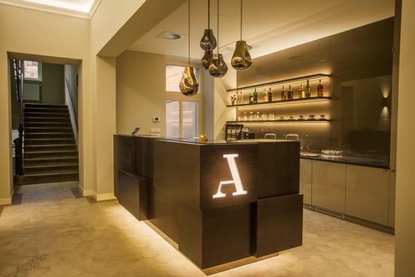 Hotel Avenue Legerova 19