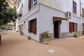 Hotel Il Bassotto Bed and Breakfast Pompei