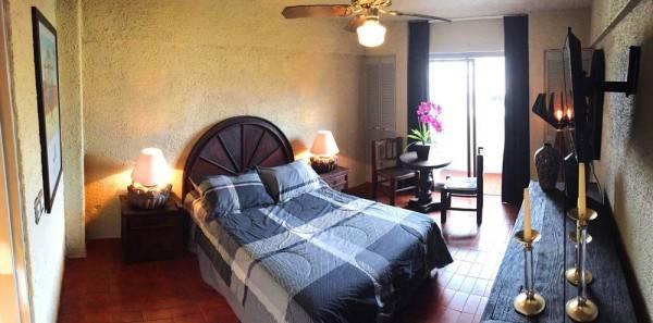 Hotel Aurora Suites