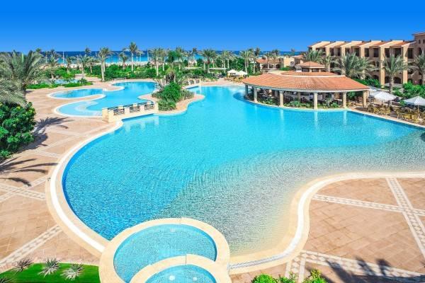Hotel Jaz Almaza Bay