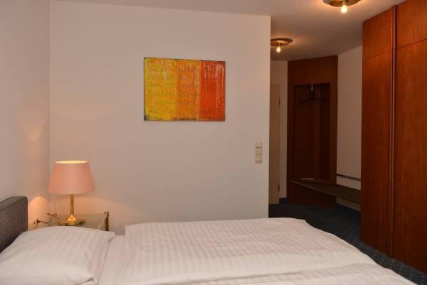 Hotel Rebgarten - Schulgasse