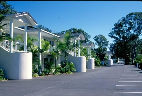 Runaway Bay Motor Inn