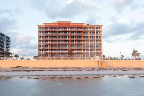 Hampton Inn Daytona Beach-Beachfront FL