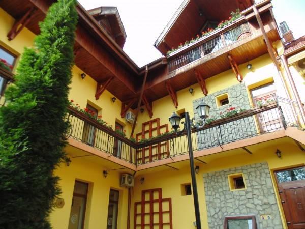 Hotel Curtea Brasoveana