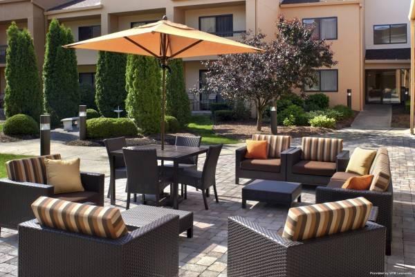 Hotel Courtyard Detroit Warren