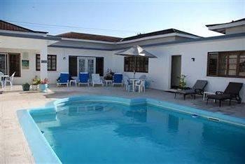 Hotel Eslyn Villa