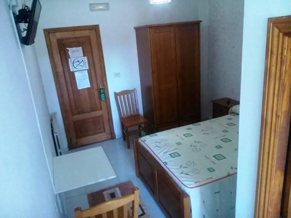 Hotel Hostal Sequeiros