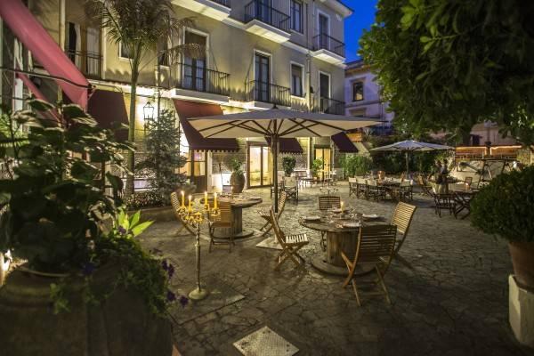 Victoria Maiorino Hotel