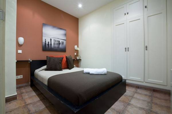 Hotel Viviendas Turísticas Conde de Molina
