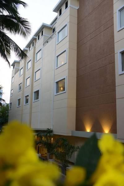 Hotel BLU IRIS