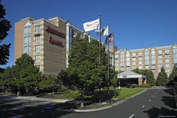 Hotel Chicago Marriott Suites Downers Grove