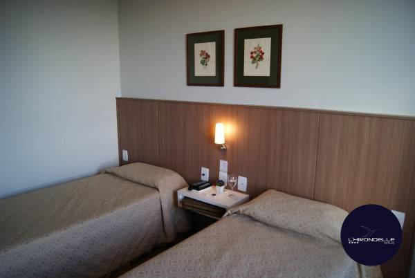 Hotel L'Hirondelle Flat Service