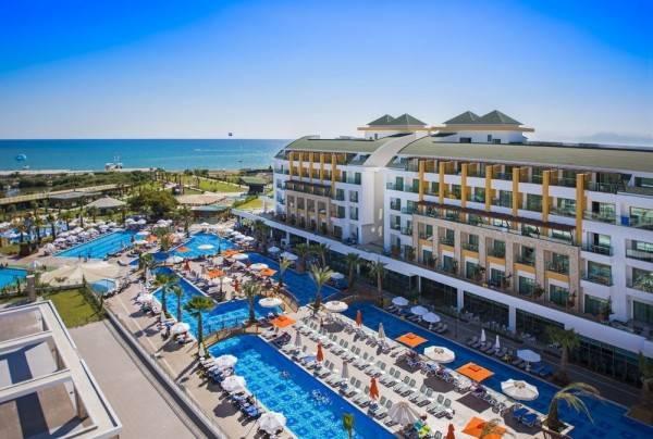 Hotel Port Nature Luxury Resort & Spa – All Inclusive