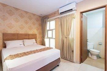 Hotel RedDoorz @ Berlian Cilandak