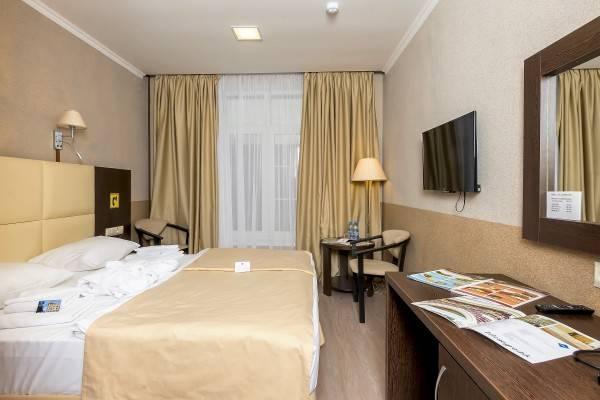 Hotel Eliza Inn