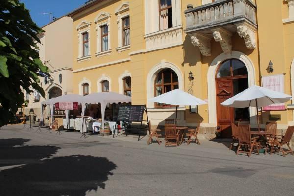 Mádi Kúria*** Hotel és Rendezvényközpont