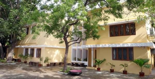 Hotel Hanu Reddy Residences