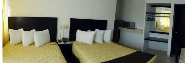 Real de Boca Hotel