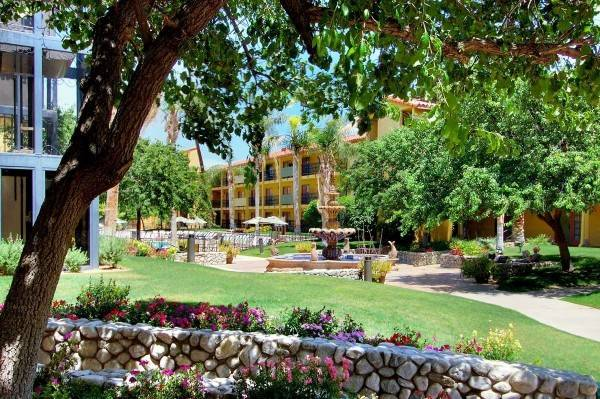 Hotel Embassy Suites by Hilton Palm Desert