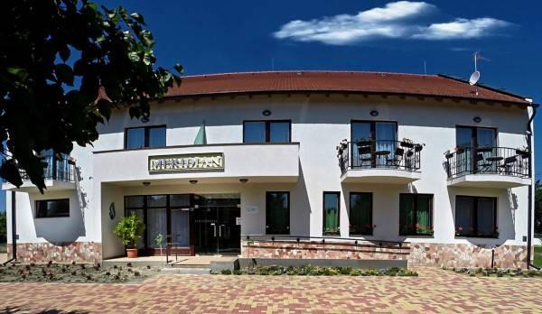 Hotel Meridian Thermal Akupunktúra és Természetgyógyászati Centrum
