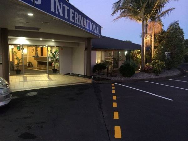 Traveller's International Motor Inn