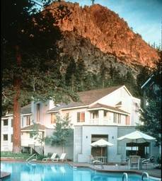 Hotel Squaw Valley Lodge