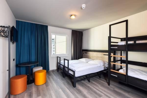 Hotel a&o Frankfurt Ostend