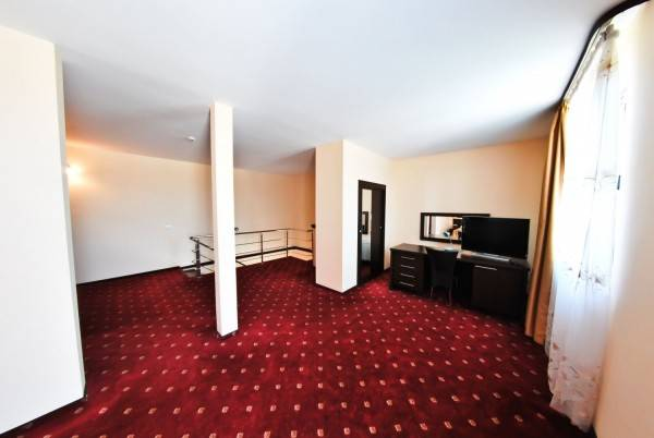 Hotel Magic Trivale