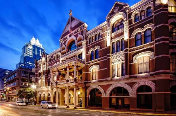 Hotel The Driskill - in The Unbound Collection by Hyatt