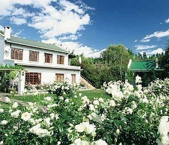 Hotel Woodall Country House & Spa