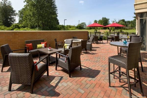 Fairfield Inn & Suites Syracuse Carrier Circle