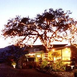 Hotel Sierra Lodge