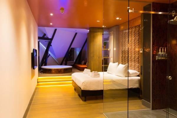Hotel Manzo Suites