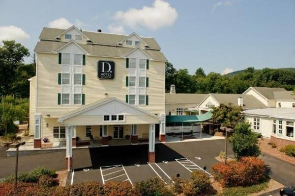 D HOTEL AND SUITES-HOLYOKE