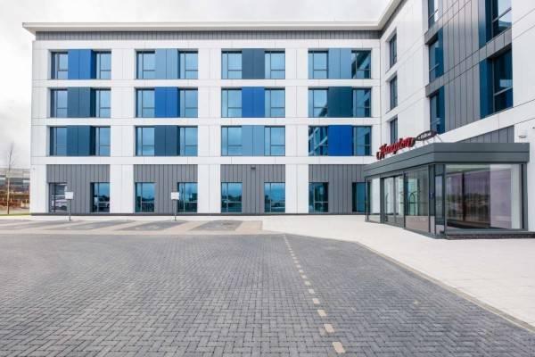 Hotel Hampton by Hilton Aberdeen Airport