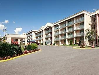 Hotel Wyndham Garden Washington DC North BW Parkway