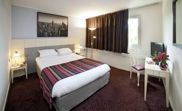 Paris Est Hôtel Golf The Originals Boutique (ex Qualys-Hotel)