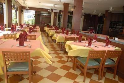 Outdoor Inn and Restaurant