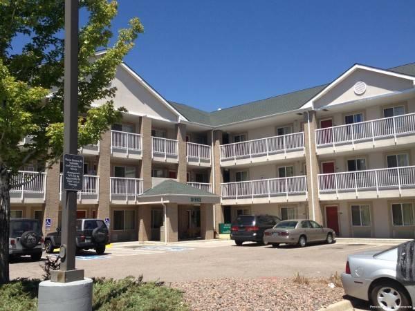Hotel Crossland Denver Thornto