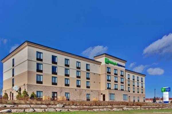 Holiday Inn Express & Suites BROCKVILLE
