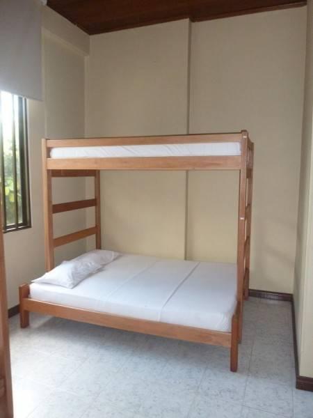 Hotel Hostal La Casa del Kurupira