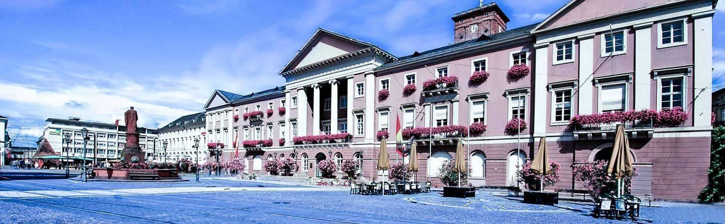 HRS Preisgarantie: 39 Hotels in Karslruhe beim Testsieger - 24 Hotelvideos ✔ Geprüfte Hotelbewertungen ✔ Kostenlose Stornierung