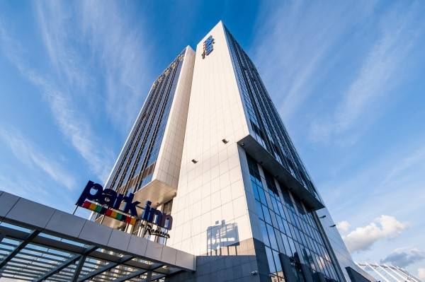 Park Inn by Radisson Troyitska Kyiv